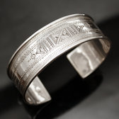Ethnic Wide Bracelet Sterling Silver Jewelry Large Flat Engraved Men/Women Tuareg Tribe Design 01