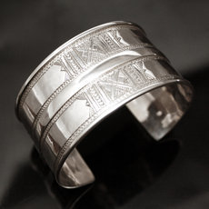 Ethnic Cuff Bracelet Sterling Silver Jewelry Large Engraved Tuareg Tribe Design 13
