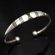 Ethnic Bracelet Sterling Silver Jewelry Large Ebony Men/Women Tuareg Tribe Design 04
