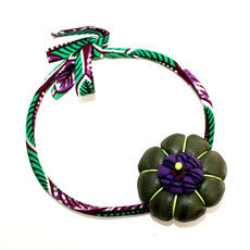 African Jewelry Flower Necklace in Wax Design Mademoiselle 05 Purple/Green TOUBAB PARIS