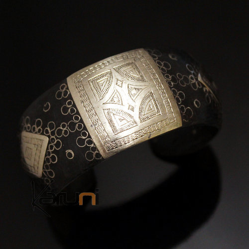 African Bracelet Ethnic Jewelry Mix Silver Horn Large Engraved Plate Filigree from Mauritania 03