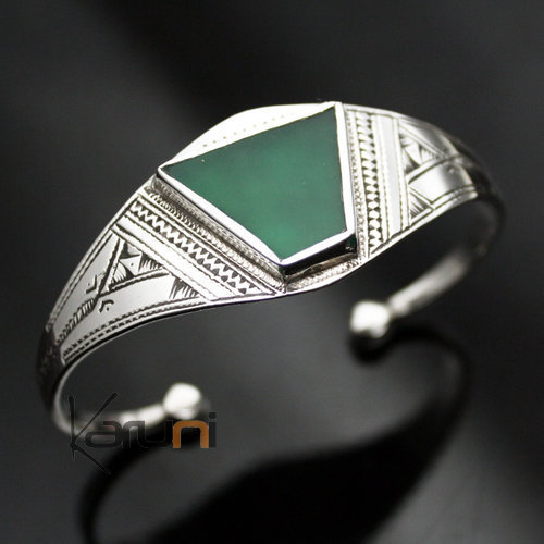 Ethnic Bracelet Sterling Silver Jewelry Green Agate Oval IZZA Tuareg Tribe Design – KARUNI 05