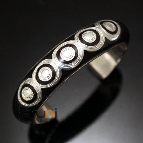 Tuareg big round engraved bracelet in ebony and silver inspired by The Tuareg