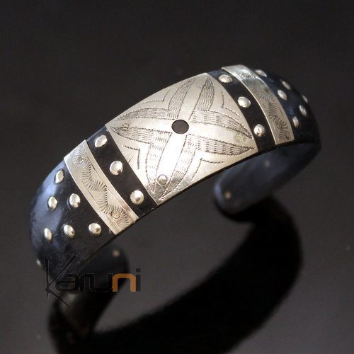 Large Horn Bracelet and Silver Mix of Mauritania Filigranes Engraved Plate 12