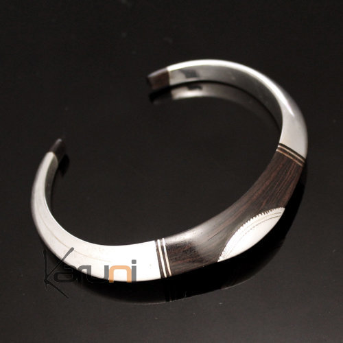 Bracelet inspired by the Tuareg in sterling silver and ebony handmade by Tuareg craftsmen of Agadez, Niger