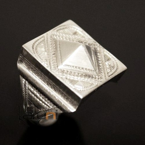 Nigerian Silver Signet Ring 02 Diamond