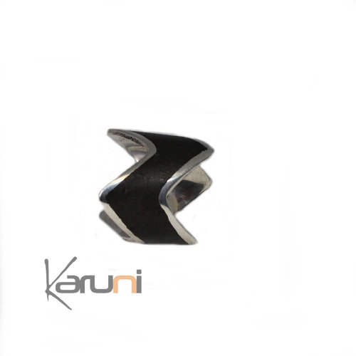 Silver Ebony Ring Karuni Design 1083