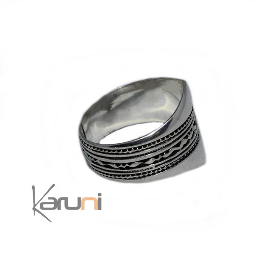 Engraved Sterling Silver Ring 1076
