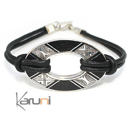 Ebene Leather Medallion Bracelet Silver 3090