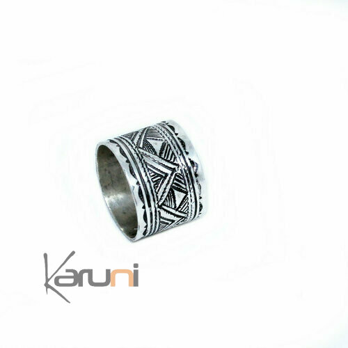 Triangle engraved ring 1163