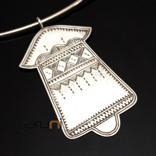 African Necklace Pendant Sterling Silver   Fatma Hand Khamsa Tuareg Tribe Design 07